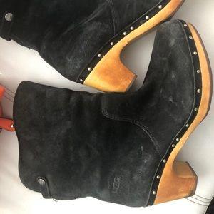 Size 10 rare ugg suede clogs black